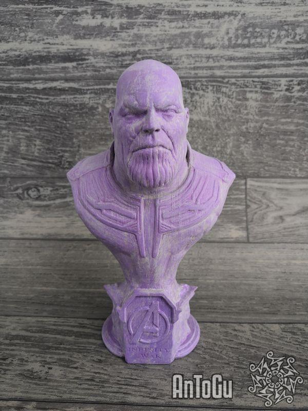 Busta Thanose - z filmu od studia Marvel - Avengers Infinity War - od autora Byambaa (model byl již vybroušen a je natřen vyplňujícím modelářským tmelem - připraven na malování)